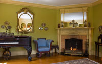 bed and breakfast lodging with fireplace