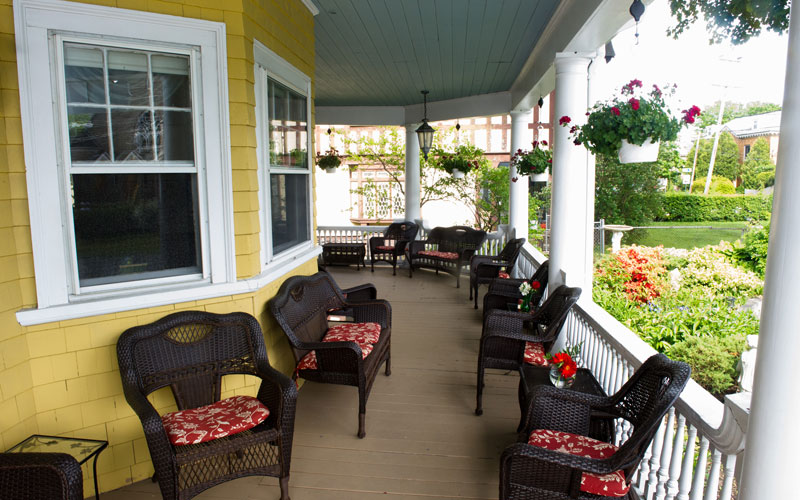 bar harbor maine lodging rooms with balcony