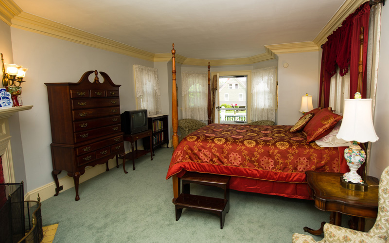 luxurious lodging near acadia bar harbor